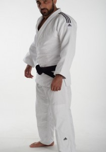Judopak Adidas Champion II | IJF-goedgekeurd | wit